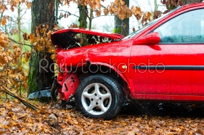 stock photo: accident  car crashed into tree-Raw Stock Photo ID: 46778