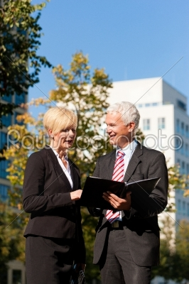 stock photo: business people talking outdoors-Raw Stock Photo ID: 40402