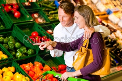 stock photo: couple in supermarket shopping groceries-Raw Stock Photo ID: 39640