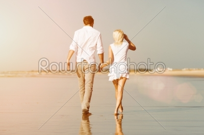 stock photo: couple on the beach in summer vacation-Raw Stock Photo ID: 40336