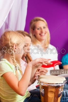 stock photo: family making music at home-Raw Stock Photo ID: 41386