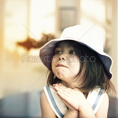 little girl-www.rawstockphoto.com
