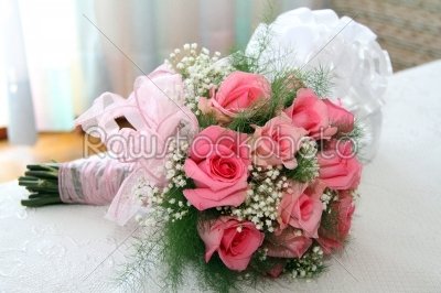 stock photo: wedding bouquet of roses-Raw Stock Photo ID: 27984