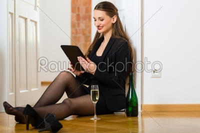 stock photo: woman using internet for online dating -Raw Stock Photo ID: 47970