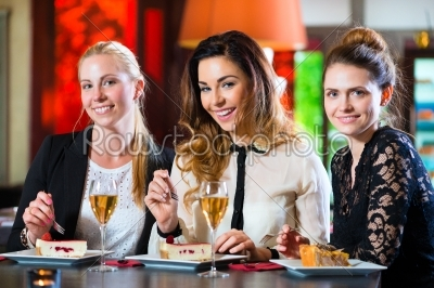 stock photo: business colleagues working with documents in cafe-Raw Stock Photo ID: 48811