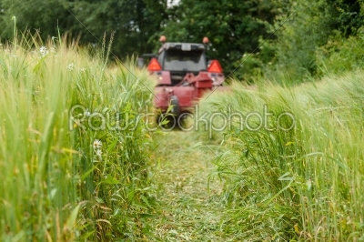stock photo: tractor on a field-Raw Stock Photo ID: 66285
